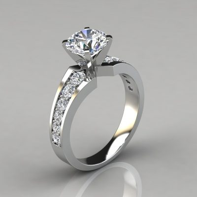 Graduated Pavé Round Brilliant Lab Diamond Engagement Ring